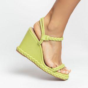sandalia-Feminina-anabela-plataforma-flatform-verão-2021-avocado-abacate-verde-detalhes-em-trança-shoes-to-love-loja-online-calçados-femininos-tendencias